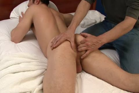 A cook jerking And A Massage From concupiscent homosexuals